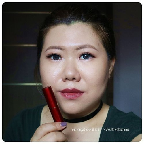 Swatch: @fanbo Matte Lipstick F06 Edgy Deep Brown *** Full review go to www.liamelqha.com or bit.ly/liamelqha-mattefanbo. Video's link on my bio! *** #BeautiesquadxFanbo #Beautiesquad #FanboCosmetics #lipstickmattefanbo #blog #liamelqhadotcom #JourneyAboutMakeup #blogging #blogger #bloggingmom #BloggerPerempuan #KEB #KumpulanEmakBlogger #ClozetteID #IndonesiaFemaleBlogger #SociollaBlogger #KBBVmember #batambeautyblogger #batamblogger #indonesiabeautyblogger #beautybloggerindonesia #review #tips #tutorial #beautyjunkie #beautyenthusiast #makeupjunkie #makeupenthusiast