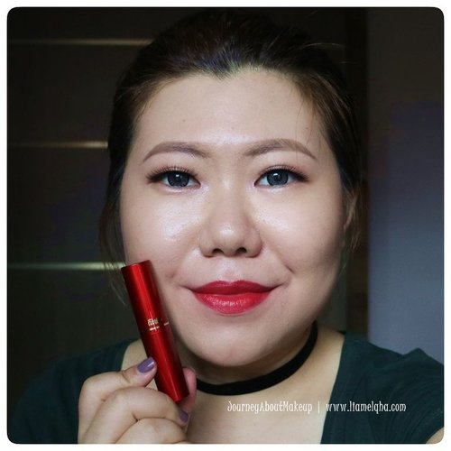 Swatch: @fanbo Matte Lipstick F10 Classic Blue Red *** Full review go to www.liamelqha.com or bit.ly/liamelqha-mattefanbo. Video's link on my bio! *** #BeautiesquadxFanbo #Beautiesquad #FanboCosmetics #lipstickmattefanbo #blog #liamelqhadotcom #JourneyAboutMakeup #blogging #blogger #bloggingmom #BloggerPerempuan #KEB #KumpulanEmakBlogger #ClozetteID #IndonesiaFemaleBlogger #SociollaBlogger #KBBVmember #batambeautyblogger #batamblogger #indonesiabeautyblogger #beautybloggerindonesia #review #tips #tutorial #beautyjunkie #beautyenthusiast #makeupjunkie #makeupenthusiast