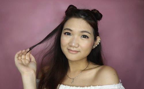 "And this is it! Hasil make up aku menggunakan produk yang lagi hits dari NYX! Tutorial ""Rainbow Make Up"" ini dan review lengkapnya akan segera tayang, ditunggu ya 💕 Details: 💕 Total Control Mesh Cushion Foundation 💕 Love You So Mochi Shadow Palette (Electric Pastels) All from @nyxbeauty #Clozetteid #makeup #Clozetteidreview #totallyincontrol #nyxcosmeticsid #NYXxClozetteIDReview #NYXxClozetteID . . . . #jssicamakeup #beauty #makeuptutorial #makeupjunkie #lifestyleblogger #charisceleb #indonesiabeautyblogger #beautysquad #beautybloggerindonesia #beautychannel"