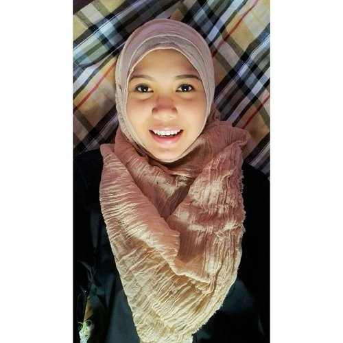 Happy fasting all 😀😄💕 #hijab #ootd #selfie #smile #me #happy #fasting #photooftheday #clozetteid #vsco #vscocam #vscogood #rcnocrop