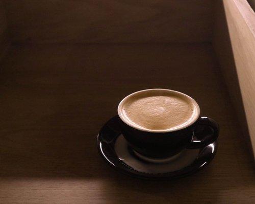 Saya anak kopi, pencinta senja juga. Tapi bukan anak indie.⠀⠀⠀⠀⠀⠀⠀⠀⠀⠀⠀⠀⠀⠀⠀⠀⠀⠀#coffeelover #filosofikopi #clozetteid #SemarangLife