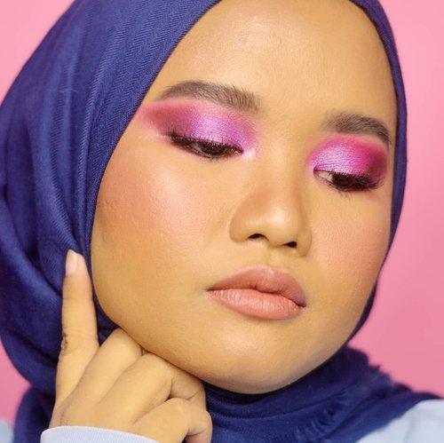 🌌..Details:@morphebrushes 35B Color Burst Artistry Palette@lavielash - Bluebell@blpbeauty Lip Bullet - Pretzel.(Maap sisanya lupa pake apa aja😂).#makeupbyutiazka #clozetteid #crueltyfreebeauty