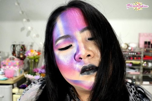 My attempt to recreate one of @jamescharles look. I kno it is imperfect.. But I had lots of fun during the process!  Glad I pushed myself to try it out. . And since I don't have black lipstick, I colored my lips with black liner and black eyeshadow 😛 . What do you think guys? I can use some advices here.. Thank you! 🙏 . #blossomshine #makeup #makeuptalk #bunnyneedsmakeup #jamescharles #jamescharlesmakeup #clozetteid #selfie #recreate #beautyguruindonesia #bsdmua #muajakarta #muatangerang #beautybloggerindonesia #beautybloggertangerang #bunnyneedsmakeup #Beautiesquad #nofilter #indobeautgram