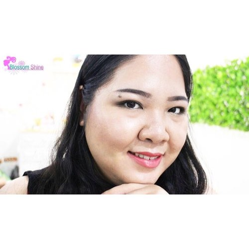 Smile is the best, the prettiest and the sweetest look ever. Have you smile today? . #blossomshine #beautiesquad #atomcarbonblogger #indovidgram #clozette #clozetteid #beauty #motd #beautytips #hudabeauty #femaledailynetwork #makeuptalk #makeupporn #makeupmafia #makeupaddict #beautytalk #wakeupandmakeup #beautybloggerindoensia #sociolla #indonesia #jakarta #infokecantikan #FreshBeauty #naturalmakeup #makeuptutorial