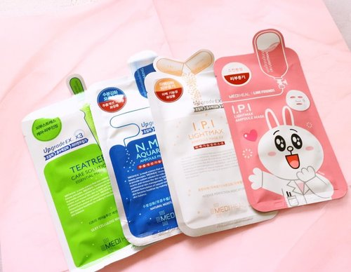 If I could choose one my favorite Korean sheet mask brand, it would definitely goes to Mediheal. I've known this brand since several years ago and my favorite option will be IPI Lightmax Ampoule Mask. Everytime I use this mask, it will make my skin look healthier and smoother. In the next morning, my skin looks so healthy and glowing ✨ It has such great proportion for the ampoule and hydration feel afterwards. It also does't feel sticky at all._✨ My second fav will be NMF Aquaring Ampoule mask. This is such calming, shooting and hydrating mask that I need when my skin is dry._For the tea tree, I heard that's also good, but I'm going to try it soon when I have time 😬 In fact, Mediheal has more than 10 sheet mask options that I don't know and I haven't tried too🤷‍♀️ So, how about your fav sheet mask?....#ellskincaregame #skincareroutine #skincarebloggers #slaytheflatlay #wardah #sheetmask #kbeauty #mediheal #koreanskincare #idskincarecommunity #clozetteid #beautybloggers #instabeautyblog #abcommunity #asianskincare #skincarereviews #glowing #skincarereview