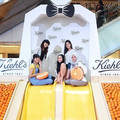 "<div class=""photoCaption"">Keseruan kemarin di @kiehlsid Nature's Playground Grand Indonesia.- <a class=""pink-url"" target=""_blank"" href=""http://m.clozette.co.id/search/query?term=trykiehls&siteseach=Submit"">#trykiehls</a>  <a class=""pink-url"" target=""_blank"" href=""http://m.clozette.co.id/search/query?term=kiehlsnaturesplayground&siteseach=Submit"">#kiehlsnaturesplayground</a>  <a class=""pink-url"" target=""_blank"" href=""http://m.clozette.co.id/search/query?term=kiehlsid&siteseach=Submit"">#kiehlsid</a>  <a class=""pink-url"" target=""_blank"" href=""http://m.clozette.co.id/search/query?term=beautyjournalxkiehls&siteseach=Submit"">#beautyjournalxkiehls</a>  <a class=""pink-url"" target=""_blank"" href=""http://m.clozette.co.id/search/query?term=clozetteid&siteseach=Submit"">#clozetteid</a>  <a class=""pink-url"" target=""_blank"" href=""http://m.clozette.co.id/search/query?term=kiehls&siteseach=Submit"">#kiehls</a></div>"