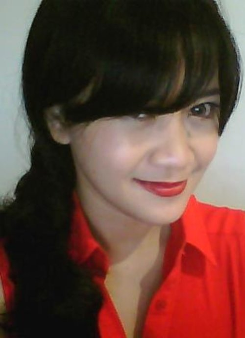 This is my daily make up looks like, when I have to wear make up :)).Tipis-tipis saja :))