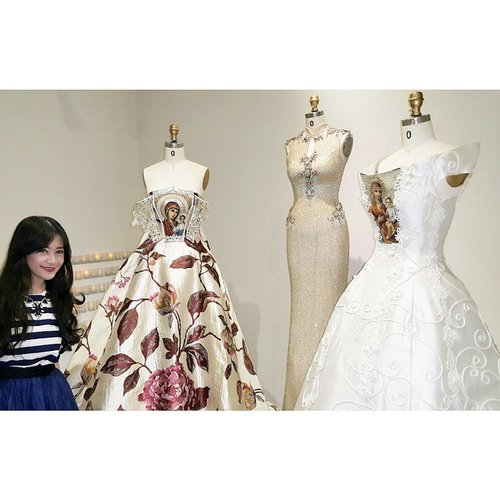 I love these gown! What a craft skill! Masterpice of @didibudiardjo :3 At Pilgrimage Didi Budiardjo Fashion Journey  #museumtekstilJakarta #pilgrimage2015 #didibudiardjo #didibudiardjopilgrimage #faahiondesigner #fashion #fashionista #fashionid #clozetteid #clozetteambassadors @clozetteid