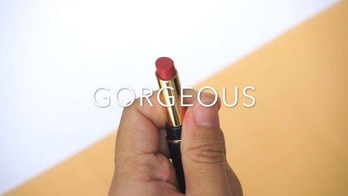Review Lipstick Meika Cosmetic sudah up di blog aku ya bisa langsung cek www.maroonfreeday.com ❤️Overall aku suka sih sama lipstick ini karena pigmented dan enggak bikin bibir kering 😍Thankyou @beautygoers @meikacosmetic ❤️.Cek juga review temanku @anisa_syaiful ❤️...Song by @dualipa - One Kiss#BeautygoersXMeika #BeautygoersID #MeikaCosmetic #ClozetteID #LipstickSwatches #MaroonReview