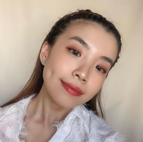 "Hello • #TGIF 🤗..-Tap for my #makeup #deets .-Base @pixycosmetics dewy cushion .-Lips @yslbeauty Rouge Pur Couture 05 + @maccosmeticsid #Loveme lipstick ""As If I care"".-Cheeks cream cheek blusher @innisfreeindonesia .-Eyeshadow @innisfreeindonesia Cherry Blossom 🌸 Eyeshadow Palette.-Highlighter @innisfreeindonesia Cherry Blossom Luminizer.-Setting Spray @studiotropik dream setter glow ........#motd #beauty #style #pink #exploretocreate #clozetteid #selfportrait #lipstick #love #cherryblossom #innisfreeindonesia"