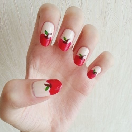 DIY apple nails #nailart #clozetteid #nails