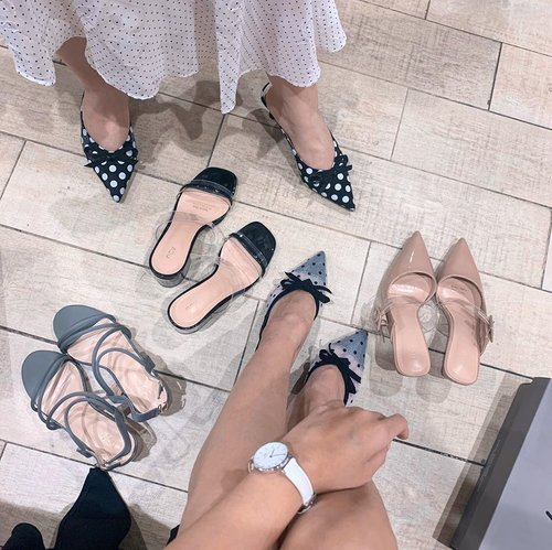 Shopping with my bestie 🛍 having our moment falling for @ncyshoes new collection: polka dot mules 😍 Both of us agree that a good pair of shoes should look pretty and feel comfortable! . . . . . . . . . . #style #clozetteid #ncyshoes #andseewhy #polkadots #zaloraid #fashion #whatiwore #steviewears #collabwithstevie #fashionpeople #zalorastyleedit #love #shotoniphone