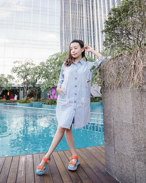 Simple is Good ! A denim shirt dress is a good option for those you want to look chic without much effort 🥰 . - Use my code STEVIE5 to get additional 5% off  on all @chicgirl.id  collections 🤩 This month's promotion is Buy 1 Get 1 ❤️❤️❤️ . . . . . . . . . . . . .  #photooftheday #ootd #wiwt #steviewears #exploretocreate #clozetteid #ootdstyle #ootdinspiration #love #lookbookindonesia #fashionblogger #style #whatiwore #collabwithstevie #stylefashion #streetfashion #chicgirls #streetinspiration #zalorastyleedit