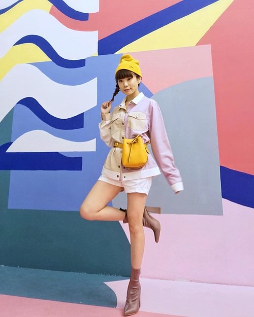 Celebrating woman, celebrating you! With ##COTTONINK10thAnniversary collection:) so excited for the show tonight ❤️ wearing the jacket and beanie from #COTTONINKxIsyanaSarasvati collection. Stay tune on my IG for a quick view of the collection from the runway. Shop the full collection at cottonink.co.id! Once again congratulation  @cottonink for the 10 years of celebrating the uniqueness of Indonesian Woman. . . . . . . #clozetteid #collabwithstevie #style #lookbook #steviewears #ootd #tampilcantik #fashion