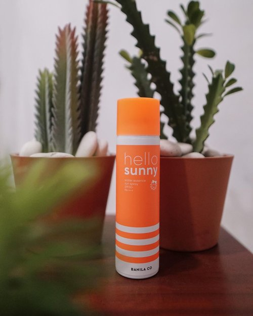 Trying this new sunblock from @banilaco_id is definitely so easy to use !! 🌞 happy that it feels super light on the skin while giving maximum protection  . . . . . #banila #banilaco #sunblock #clozetteid #shotbystevie #collabwithstevie #beauty #kbeauty #love #exploretocreate