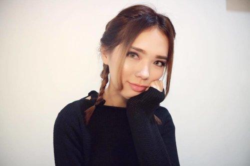 Currently obsessed with this braid! 💖💖💖 - - - #clozetteid #beautynesia #medanbeautygram #medanvidgram #mvgbeauty #indobeautygram #ivgbeauty #fashionblogger #styleblogger #cutegirl