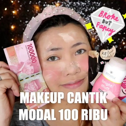 Gajian numpang lewat doang 🤪 💸💸💸💸💸 Ada gak sih yg begitu ? Wkwk . . Produk yg dipakai : • @smootoindonesia Kill Cover CC Cushion • @eminacosmetics Bright Stuff Powder • @madame.gie Eyebrow • @sis2sis_indo Lipcream 02 & Mascara . #makeupoftheday #tutorialmakeup #Tutorialdandan #makeuptutorial #makeup #makeupmurah #tutorialmakeupplg #clozetteID #cchannelid #cchannelbeautyid #flovivi #beautybloggerindonesia #indobeautysquad #indobeautygram #ragamkecantikan #tipskecantikan