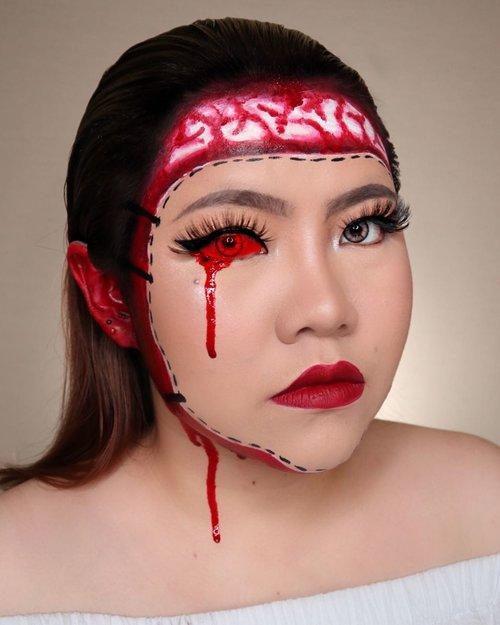 👺MASK👺 HALLOWEEN CHALLENGE DAY 1/31 🎃 #31daysofhalloween 🎃 🖤 #HALLOWEENWITHFLOVIVI 🖤 . Produk : • Lip @luxcrime_id Black Cherry • Facepaint @officialsnazaroo & @mehronmakeup   ❗️Fake Blood Warning❗️ Jangan lupa pake masker ya guyyyssss wkwkkw eh tapi jangan masker yg kayak gini ya 🤣 PS : Mata merah di edit ya guys pake facetune . . Inspo @makeupmaylen #halloween #halloween2020 #halloweenmakeup #halloween2k20 #halloweenmakeupchallenge #makeupoftheday #makeuphalloween #halloweenedition #motd #flovivi #clozetteID #cchannel #cchannelid