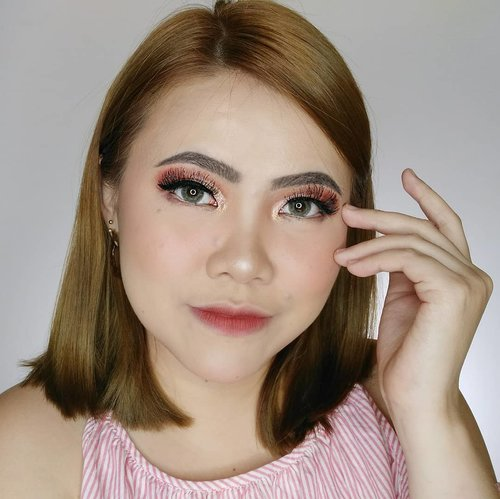 HAPPY SUNDAY . @a.stop2man Clear Toner @nivea_id Makeup Starter @getthelookid Infallible 24 Hour shade 125 @catrice.cosmetics Camouflage Concealer 01 @maybelline Fit Me Loose Powder 10 @thebalmid Take Home The Bronze - Oliver @wardahbeauty Blush on @mustikaratuind Contour & Highlighter Palette (Highlighter) @focallurebeauty Sunrise Eyeshadow Palette @lakmemakeup x @anggierassly Precision Marble Eyebrows Brown @getthelookid Lash Paradise Mascara @wardahbeauty Eyeliner @thebalmid Mr Write Eyeliner Pencil Seymour Datenights (Waterline) @purbasarimakeupid Hi-Matte Lip Cream 10 Ayanna . . . . . . . #makeup  #wakeupandmakeup  #flovivi  #inspirasicantikmu #muajakarta #makeupoftheday #selalucantikid #hudabeauty  #bretmansvanity #beautybloggerindonesia #tampilcantik  #clozetteID #ivgbeauty #bunnyneedsmakeup  #ragamkecantikan #cchannelbeautyid 🌼🌼🌼🌼🌼 @beautybloggerindonesia @bunnyneedsmakeup @cchannel_beauty_id @beautilosophy @tampilcantik @indobeautygram @bvlogger.id @indovidgram @tips__kecantikan @wakeupandmakeup @bloggermafia @setterspace @popbela_com @zonamakeup.id @ragam_kecantikan @inspirasi_cantikmu @cchannelid