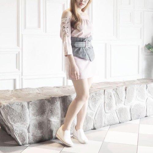 Mood of pink-grey 💖. Glen plaid corset belt from @zaful - #zafulreview #ootd #fashion #collaboratewithcflo #ClozetteID