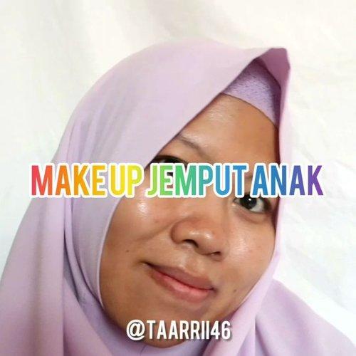 Makeup Jemput Anak 😁 #tutorialmakeup #makeupindo #makeupsimpel #makeupindonesia #makeup #ClozetteID