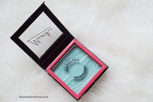 Damn I really love this @miink.id lashes.  Mink Lashes are made from 100% mink furs, it is the most natural looking faux lashes. Each pair of mink lashes can be used up to 25 times or more with gentle care. Not to mention they are ultra lightweight and very comfortable on the eyes.💗💗💗 #miinklashes #beauty #bloggerstyle #blogger #indonesiablogger #bloggerindonesia #makeup #potd #bestoftheday #beautyblogger #indonesianbeautyblogger #clozetteid #fakelashes #falselashes #bulumata