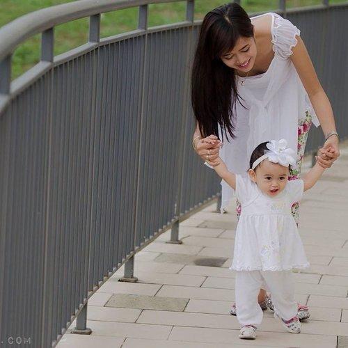"""If a child cannot learn in the way we teach, we must teach in a way the child can learn."" Photos by @dennyirawanphotos #baby #babysafa #safa #safaira #family #babygirl #ootd #beauty #bestoftheday #likes #picoftheday #potd #clozetteid #babyheadband #white"