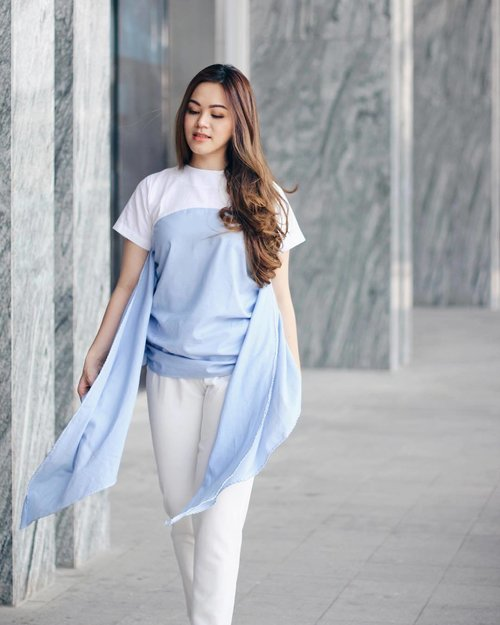 Feel the wind in blue top by @monday_tofriday 💙#tiffstylediaries