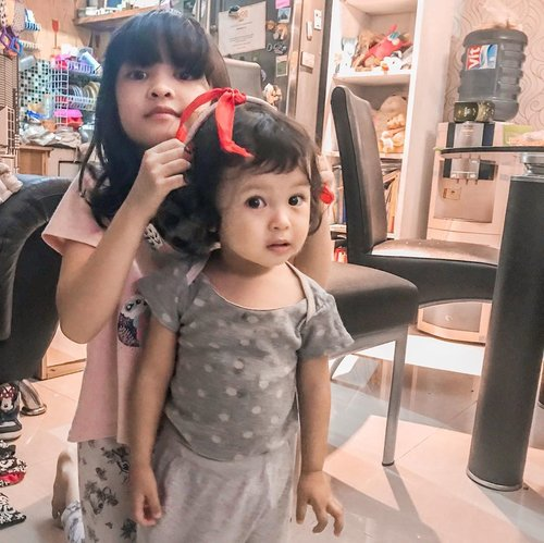 My biggest accomplishment in life!⁣ ⁣ ⁣ Having two beautiful girls who chose me as their mom♥️♥️⁣ ⁣ Thank you for purring me with your loves and putting lots of beautiful color in my life 🌈♥️⁣ ⁣ #motherhood #momoftwo #kesayangan  #mother #motherdaughter #instamom #instamotherhood #loveofmylife #clozetteid #parenthood #momoftwogirls #momproblems #momlife