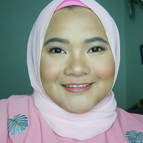 #fototampakdepan #makeupbarenginivindy #clozetteid