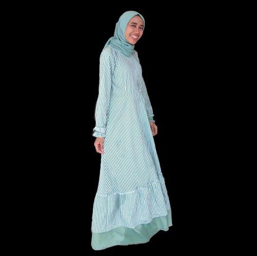 Selamat Hari Raya Idul Fitri 1439 HMinal Aidin Wal Faidzin Mohon Maaf Lahir Dan Batin..Happy Eid Fitr #eidmubarak#eidfitr#iedmubarak#iedfitr#idulfitri #idulfitri1439h #idulfitri2018#hariraya#harirayaidulfitri#harirayaaidilfitri2018#eidoutfit#ootd #hotd #dailyhijab #hijabootdindo #lookbookhijab #hijabfashion #instahijaber #hijabfeature_2018 #diaryhijaber #hijaberkece#modelhijaber #clozetteid #vloggerindonesia #travel #travelblogger #travelbloggermedan #travelvlogger #travelvloggermedan #beauty