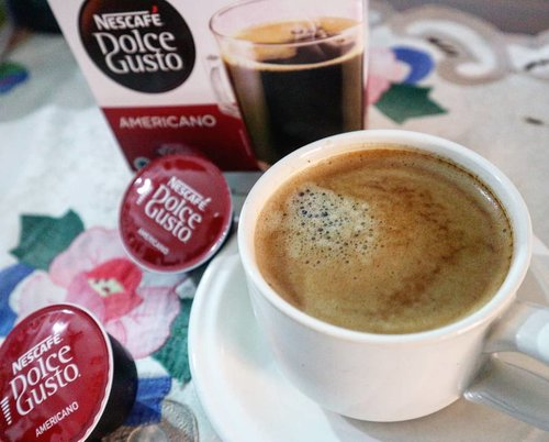 Udah pada NGOPI belom? ☕ Aku suka deh sama rasa Americano, rasa barunya kapsul Nescafe Dulce Gusto ini cocok banget buat tambah bersemangat mengawali aktifitas yang padat  ___________________________________ #clozetteid #nescafedolcegusto #coffe #spirit #cafe #happytime #travelblogger #homesweethome  #americano #styleinspiration #styleblogger #stylegram #streetfashion #lookbook #lookoftheday #whatiwore #whattowear #bloggersgetsocial #fitspiration #likegram#travelgram #travelling #traveler #travelphotography