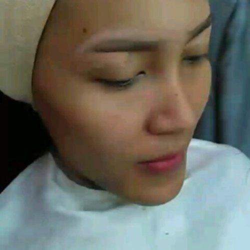 ––––––––––––––––––––––––––––––– Ready booked for makeup.. DM For more info and contact.. ––––––––––––––––––––––––––––––– #like4like #makeupjogjakarta #makeuplover #dagelan #wakeupandmakeup #makeupmafia #mua #muaindonesia #muajogja #makeupJogja #makeupwisudajogja  #MakeUpIndonesia  #AsyaMakeupStudioJogja #MakeUpBridaljogja #makeupjogjakarta #makeupjogjaputri #makeupbyme  #makeupartisindonesia #like4like  #makeupaddict #makeupjunkie  #makeupjogjakarta #preenme #uploadkompakan #clozetteid #makeupweddingjogja #preweddingjogja #makeoverid #makeupforever #maybellineindonesia #MUAWorld #MuaHunter #dandan