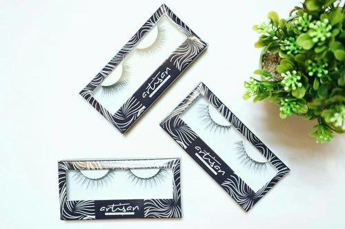 One of my fave faux lashes from local brand @artisanpro 👌  tulangnya tebel tapi lentur banget ✔ lentik ✔ gampang dipake ✔ banyak variannya ✔ kuat banget, bisa dipake berkali-kali (5-6x) ✔ dibersihinnya pun gampang banget ✔  Dear @artisanpro, Pls provide me lashes glue ya. It must be amazing! 😉  #shinebabyshine #BSkeJogja #BS1stGathering #Beautiesquad  #BeautiesquadXArtisan #BSxArtisan #flatlay #bloggerlife #whitefeed #likeforlike #keepitsimple #whiteaddict #weheartit @beautiesquad @bloggerperempuan  #beautybloggerindonesia @indobeautyblogger #bloggerindonesia @clozetteid #clozetteid @jakartabeautyblogger #JakartaBeautyBlogger @beautiesquad @tampilcantik #tampilcantik #beautynesiamember @beautynesia.id #beautychannelID @beautychannel.id #fdbeauty #beautyinfluencerjakarta  #indonesiafemaleblogger