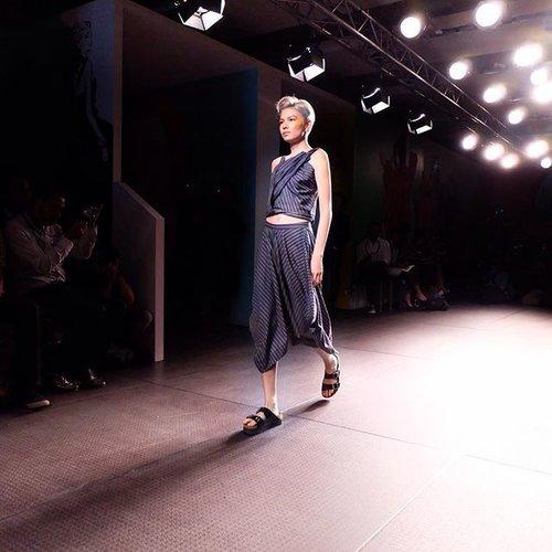 ECLECTIC . . . . . #xsml #fashionshow #fashionblogger #fashiondiaries #reneeplusstyle #reneetan #clozetteambassador #clozetteid #pifw2016 #pifw #tagsforlikes #tagstagramers #tagsforlike #tagstagram #like4like #like4follow #likes4likes #likeforlike #likebackteam