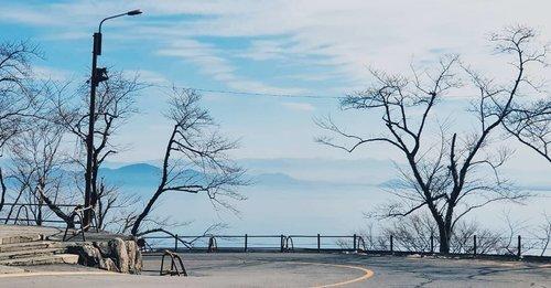 pemandangannya asli. not cans cans. nggak kaleng-kaleng. . ini masih di Biwako. yang ada di Kyoto. fotonya diedit dikit pake vsco. aslinya beneran bagus ko. . . . . . . #vscoedit #vscogram #vscocam #vscodaily #vscotravel #vscogood #vscofilter #vsco #travelphotography #travelgram #snow #winter #japan #lakebiwa #biwako #instagood #insta #instagram #instatravel #vscoportrait #vscojapan #instalove #instagramers #vacation #clozetteid