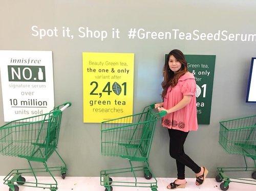 Spot it, Grab it, Shop it the new green tea Seed Serum at Innisfree Central Park 3rd-8th April 2018, Laguna Atrium. • • • #Innisfree #InnisfreeIndonesia #HappyAnniversary #GreenTeaSeedSerum #Clozetteid #BeautyGreenTea #beautyblogger #blogger