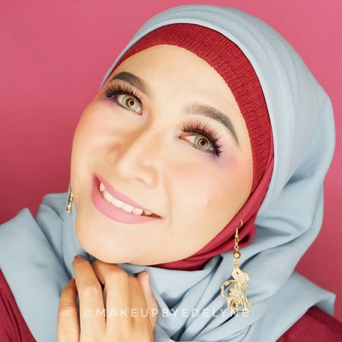 Good morning...Makeup kali ini semuanya menggunakan @bellaoggiitaliaofficial , yang bisa kalian beli di @cnfstoreofficial .#brushedbyedelyne #makeup #clozetteid #hijabers #wakeupandmakeup #hijabindo #blogger #bloggerstyle #bandungbeautyblogger #tribepost #hijablook #garut #mua #makeupartist