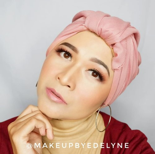 Happiness is found when you stop comparing yourself to other people.#brushedbyedelyne #makeup #clozetteid #makeupandhijab #hijabchamber #turbanstyle #glowingmakeup #flawlessmakeup #mua #makeuplook