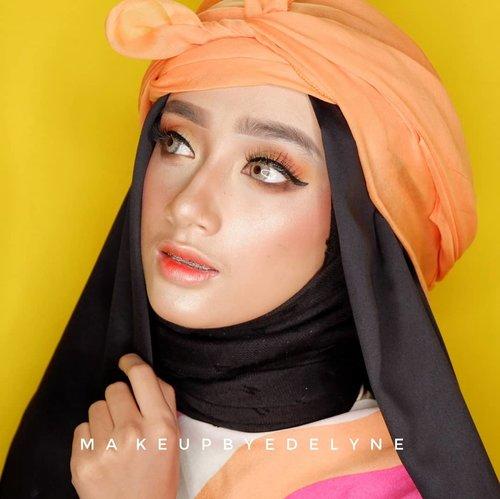 Makeup for @putribarbiee#brushedbyedelyne #beforeandaftermakeup #bollywood #makeup #clozetteid #mua #makeupartist #amazingmakeupart #boldmakeup #inspirasicantikmu #hudabeauty #hijabstyle #makeupandhijab #noeyebrowtrimming #nocukuralis #muabandung #muagarut #muatasikmalaya #muajakarta #makeupinfluencer #bunnyneedsmakeup #