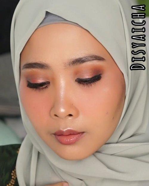 Eyelook buat malem takbiran #nyadisyaichaDetail@urbandecaycosmetics naked reloaded #udindonesia@nyxcosmeticsid (eyeshadow based).....#100daymakeupchallenge #beautyenthusiast #beauty #beautygram #makeup #makeuptutorial #contourtutorial #makeup #beautygoersid #indobeautygram #indoveautysquad #beautygram #beautybloggerindonesia #tasyashoutoutfarasya #dwiendahpusparini #clozetteid #clozette #ivgg #ivgbeauty #esqa #esqaddicted #minitutorial #indovigram #eotd #ibv @beautybloggerindonesia @tampilcantik @ragam_kecantikan @cchannel_beauty @indobeautygram @tips_kecantikan @popbela_com @clozetteid @bloggermafia @wakeupandmakeup