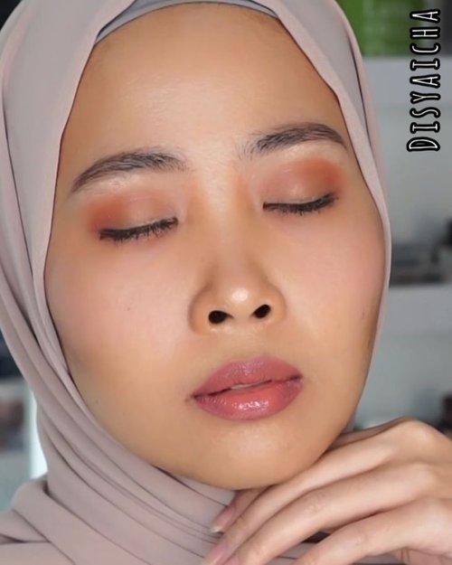 Bikin bibir ber-volume kaya @kyliejenner 😂😂 ala #nyadisyaichaDetail@silkygirl_id (lip liner nude)@eminacosmetics (creammatte)@lookecosmetics (luna).......#100daymakeupchallenge #beautyenthusiast #beauty #beautygram #makeup #makeuptutorial #contourtutorial #makeup #beautygoersid #indobeautygram #indoveautysquad #beautygram #beautybloggerindonesia #tasyashoutoutfarasya #dwiendahpusparini #clozetteid #clozette #ivgg #ivgbeauty #esqa #esqaddicted #minitutorial #indovigram #eotd #ibv @beautybloggerindonesia @tampilcantik @ragam_kecantikan @cchannel_beauty @indobeautygram @tips_kecantikan @popbela_com @clozetteid @bloggermafia @wakeupandmakeup