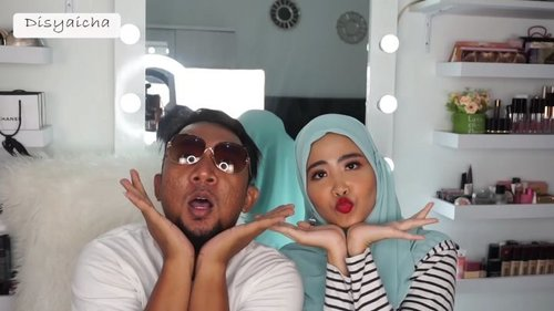 Di makeupin sama mantan pacar @rafkyss bokkk,sekalian nebak harga lenong itu berapaan aja,ternyata bisa beli hot wheels serauppp 😂😂 btw ini just for fun yaa,jan diseriusinnnn 🤣🤣 eee btw @rafkyss jagoo jg pasang bulu mataa #indovigram @indovidgram @indovidgramlucuBtw bakal UP jam 8an di youtube...#100daymakeupchallenge #beautyenthusiast #beauty #beautygram #makeup #makeuptutorial #contourtutorial #makeup #beautygoersid #indobeautygram #indoveautysquad #beautygram #beautybloggerindonesia #tasyashoutoutfarasya #dwiendahpusparini #clozetteid #clozette #ivgg #ivgbeauty #esqa #esqaddicted #minitutorial #indovigram #eotd #ibv @beautybloggerindonesia @tampilcantik @ragam_kecantikan @cchannel_beauty @indobeautygram @tips_kecantikan @popbela_com @clozetteid @bloggermafia @wakeupandmakeup