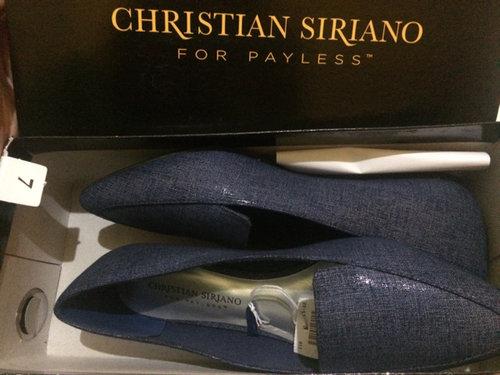 Navy💙 #shoes #christiansiriano #payless #americaneagle #casual #fashion #denim #dril #vietnam #navy #blue