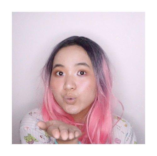 Lagi males mikir caption, maunya dipikirin.🤣🤪..... tutorial soon!...#cicireceh #clozetteid #jenntan #jenntanmakeup #positivevibesonlyplease #makeupinspiration #photoshootideas #makeupinspo #geekmakeup #artmakeupstudio #instagrammakeup #makeupdrugstore #makeupideas4you #belajarmakeup #makeuppemula #makeupremaja #cchannelbeautyid #kbbvfeatured #beautiesquad #indobeautysquad