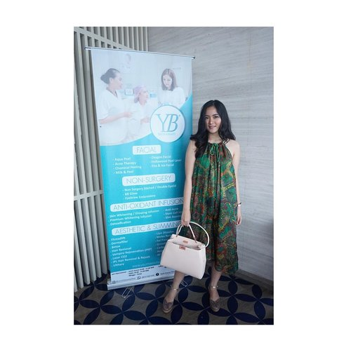 Hello saturday! Let's move our ass to work , featuring @youthbeautyclinic @femalebloggersid 💕 at @thewestinjakarta . . . . . . . . #IFBxYBClinic #IndonesianFemaleBloggers #YBClinic #clozetteid #clozettebeauty #clozettefashion #ootd #whatiwear #wiwt #outfitoftheday #lookbookid #lookbookindonesia #influencerjakarta #beautyblogger #jakartabeautyblogger