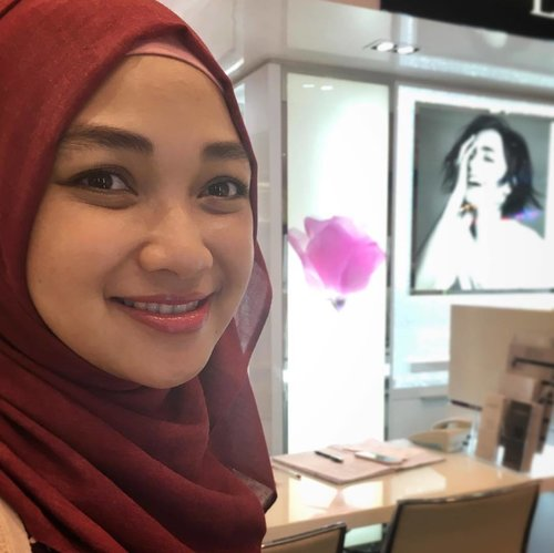 After facial using Lancome Energie De Vie, and a touch of miracle cushion and cushion blush 😊  #closeup #lancome #skincare #skincarejunkie #smile #clozetteid