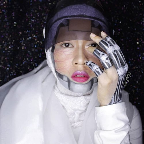 What you can do with @nyxcosmetics_indonesia Jumbo Eye Pencil and eyeshadow?I said, make a robotic make up!Hohoho#allseebee #clozetteid #cyborg #ibvsfx #faceawardsindonesia