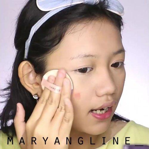 Akhirnya!!! Tutorial makeup wisuda yang natural(?) dan feminim untuk anak sekolahan 💞. Semuanya drugstore dan mostly produk lokal yang which is terjangkau 🤣. Aku juga ada bagi trik biar makeup lebih flawleshh dan tahan lama loh 🙈. Full video click link di bio yes 👆......#indobeautyvlogger #freshmakeup #beautytips #indobeautygram #asianvlogger #clozetteid #makeuptutorial #tutorialmakeup #kmakeup #kbeauty #ivgbeauty #ivgbeauty #tampilcantik #makegirlz #prommakeup #makeupwisuda #graduationmakeup #naturalmakeup #makeupvideo #stylevideo #hypnaughtypower #fakeupfix #wakeupandmakeup @indobeautygram @indobeautysquad @tampilcantik @bunnyneedsmakeup @make.up.vines @wakeupandmakeup @bombtutorial @glamourvids @fakeupfix @flawlessdolls