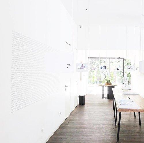 Whatever is good for your soul, do that.  #whiteaddicted #minimalism #gallerywall #clozetteid #coffeeshop #kopimanyar